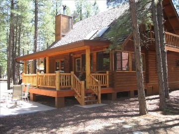backyard w pinetop rentals cabins spacious deck cabin